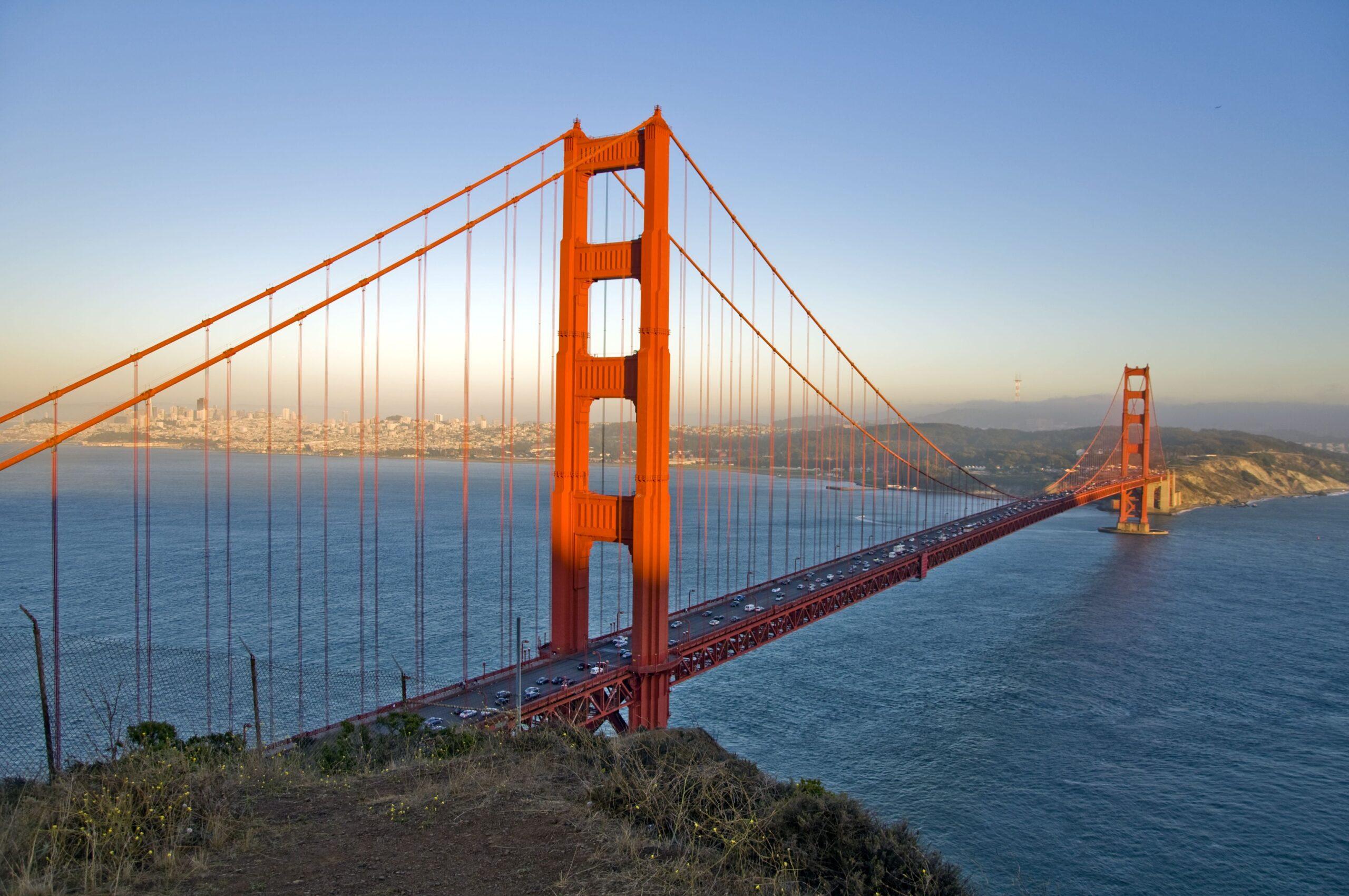 Import z USA - most Golden Gate