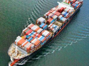 Agencja celna - dlaczego warto z niej skorzystać? - statek