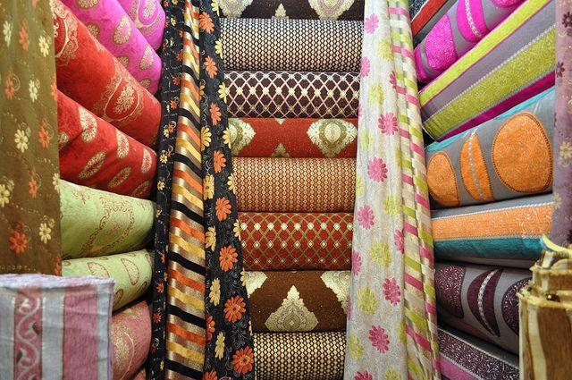 Import odzieży - materiały